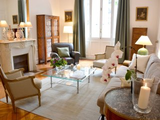 Classic 2BR French apartment near the Eiffel Tower - Paris vacation rentals