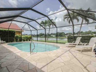 Briarwood, 4 BR/3 BA, Single Story Pool Home w/2 Car Garage & Amazing Lake - Naples vacation rentals