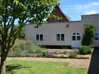 Staithe Farm Cottage, Langley, - Loddon vacation rentals