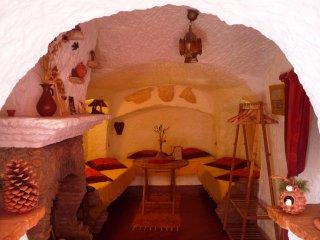 Maison troglodyte insolite à Guadix (Andalousie) - Guadix vacation rentals