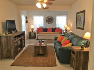 Cozy Cottage in Port Saint Joe with Central Heating, sleeps 8 - Port Saint Joe vacation rentals