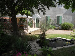 2 bedroom House with Internet Access in Saint-Pourcain-sur-Sioule - Saint-Pourcain-sur-Sioule vacation rentals