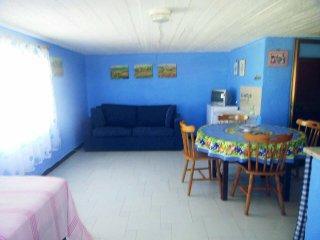 NUOVO MONOLOCALE/ATTICO con TERRAZZA in CENTRO. - San Vito lo Capo vacation rentals
