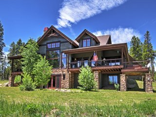 New Listing! Mesmerizing 4BR Tabernash House w/Game Room, Private Hot Tub & Breathtaking Mountain Views! - Tabernash vacation rentals