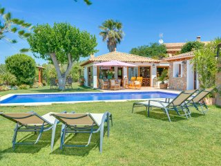 Beautiful 2 bedroom Villa in Esporles - Esporles vacation rentals