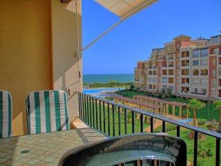 Bright 2 bedroom Isla Canela Condo with Washing Machine - Isla Canela vacation rentals