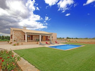 3 bedroom Finca with Internet Access in Felanitx - Felanitx vacation rentals