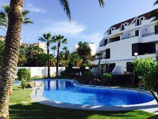 2 bedroom Condo with Shared Outdoor Pool in Playa de las Americas - Playa de las Americas vacation rentals