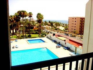 #VINA NARANJA :Vista mar en Playa de Las Americas - San Eugenio vacation rentals