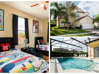 Tuscan Hills 6 Bedroom Home Southfacing Pool/Spa - Davenport vacation rentals