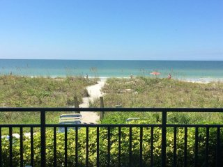 Lovely Condo with Internet Access and Television - Indian Rocks Beach vacation rentals