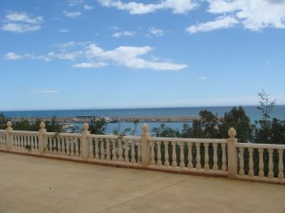 Lovely Apartment steps from the beach - Villajoyosa vacation rentals