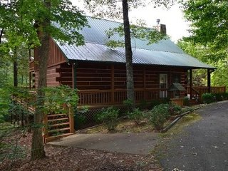 Nice Cabin with A/C and Satellite Or Cable TV - Ellijay vacation rentals
