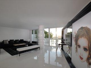 Tower Suite 04 - 2 Bedrooms - Miami Beach vacation rentals