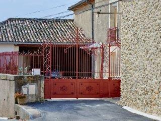 Chambre d'hôtes La Nogarède hérault - Puissalicon vacation rentals