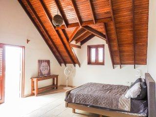 Spacious bedroom with balcony in country house - Kralendijk vacation rentals