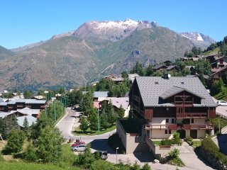 Nice Studio with Television and Parking - Les Deux-Alpes vacation rentals