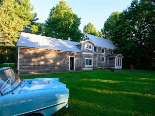 Beautiful 4 bedroom cottage on the Rideau River - Kemptville vacation rentals