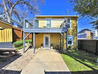 Downtown Austin- 6th St Retreat Upper Level Unit - Austin vacation rentals
