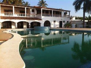 Nice 7 bedroom Villa in La Peaita de Jaltemba - La Peaita de Jaltemba vacation rentals