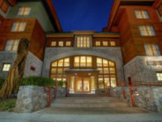 MARRIOT GRAND RESIDENCE AT THE GONDOLA  SLEEPS 8 - South Lake Tahoe vacation rentals