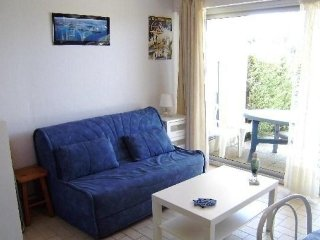 Nice Condo with Television and Parking - Saint Gildas de Rhuys vacation rentals