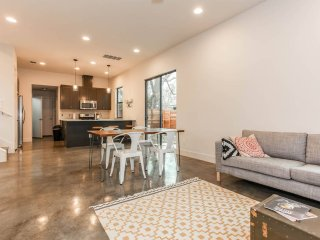 Modern & Spacious Bungalow in East Austin - Austin vacation rentals