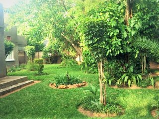 Beautiful Vic Falls Suburban Home - Victoria Falls vacation rentals