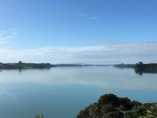 Comfortable 4 bedroom Kerikeri House with Internet Access - Kerikeri vacation rentals
