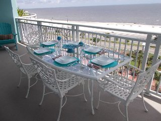 Nice Condo with Internet Access and Balcony - Gulfport vacation rentals