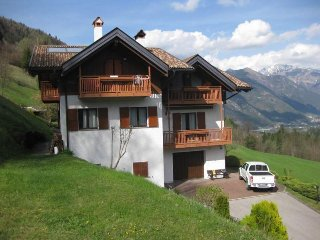 Nice Condo with Elevator Access and Washing Machine - Breguzzo vacation rentals