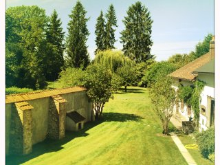 Bright 4 bedroom Saint-Fargeau House with Television - Saint-Fargeau vacation rentals