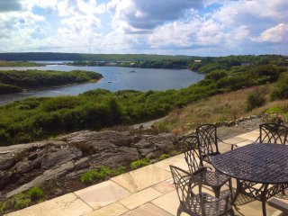 Comfortable Bungalow with Internet Access and Satellite Or Cable TV - Clifden vacation rentals
