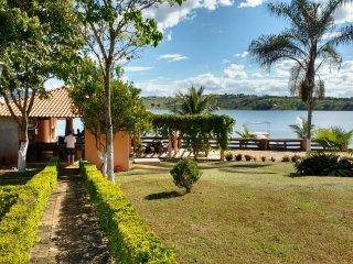 Sítio rancho a beira do lago de Furnas em Escarpas - Guape vacation rentals