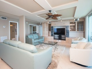 Sabine Yacht Club #10B/C - Pensacola Beach vacation rentals
