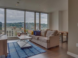 Upscale condo w/ gorgeous city views & prime downtown location! Dogs ok! - Portland vacation rentals