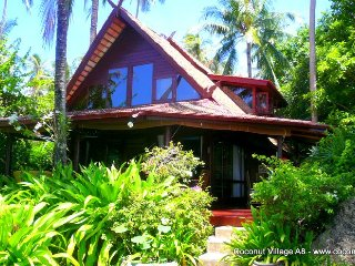 Holiday Villa Coconut Village A8 - Chaweng vacation rentals