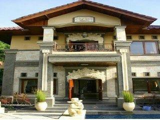 Fantastic 7 bedroom Villa + Staff in Kusamba - Klungkung vacation rentals