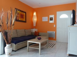 2 bedroom House with Internet Access in Lamonzie-Saint-Martin - Lamonzie-Saint-Martin vacation rentals