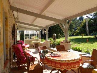 Plaisance - a tranquil secluded house near Lauzun - Lauzun vacation rentals