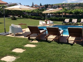 Beautiful 5 bedroom House in Alijo with Internet Access - Alijo vacation rentals
