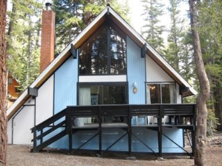 Ski-in/out Slope side cabin - Chalet #25 - Mammoth Lakes vacation rentals