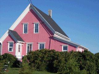Nice House with Internet Access and Wireless Internet - L'Etang-du-Nord vacation rentals