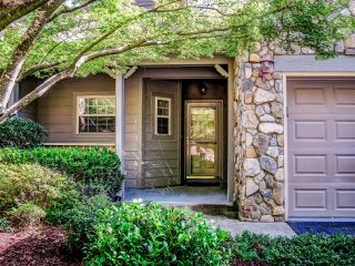 Apple Valley Golf Course and Mountain View - Lake Lure vacation rentals