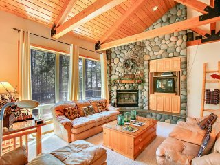 Nice House with Internet Access and Hot Tub - Sunriver vacation rentals