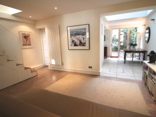 Primrose Hill  3 bed apartment - London vacation rentals