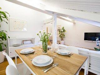 Perfect 2 bedroom San Sebastian Apartment with Internet Access - San Sebastian vacation rentals