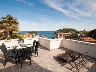 Charming 4 bedroom Villa in San Sebastian - San Sebastian vacation rentals