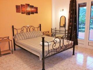 Big apartment in Dassia beach, Corfu - Dassia vacation rentals