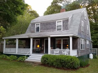 Charming Victorian ocean view cottage, Plymouth, M - Plymouth vacation rentals